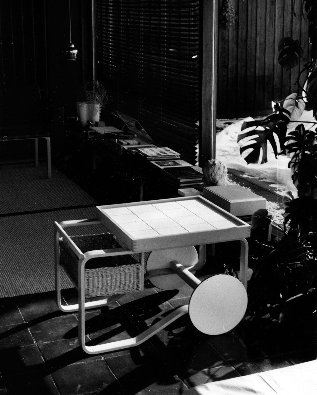 Tea Trolley 900 - black/white historical