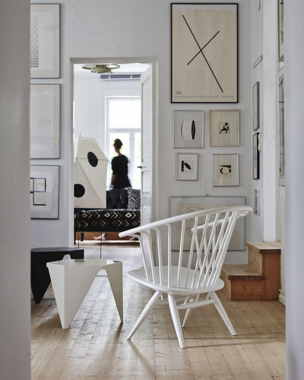 Crinolette-Armchair-White-Lacquer