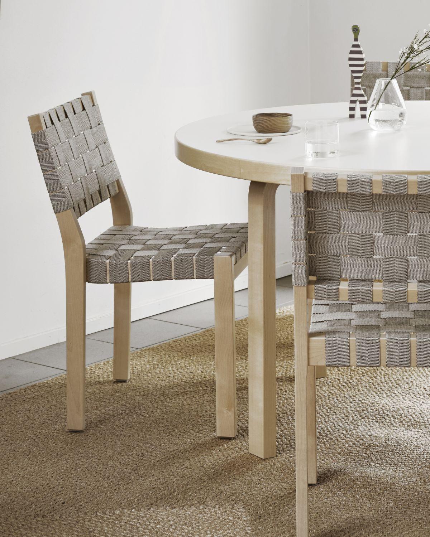 Chair_611_Aalto_table_91_Riikka_Kantinkoski5