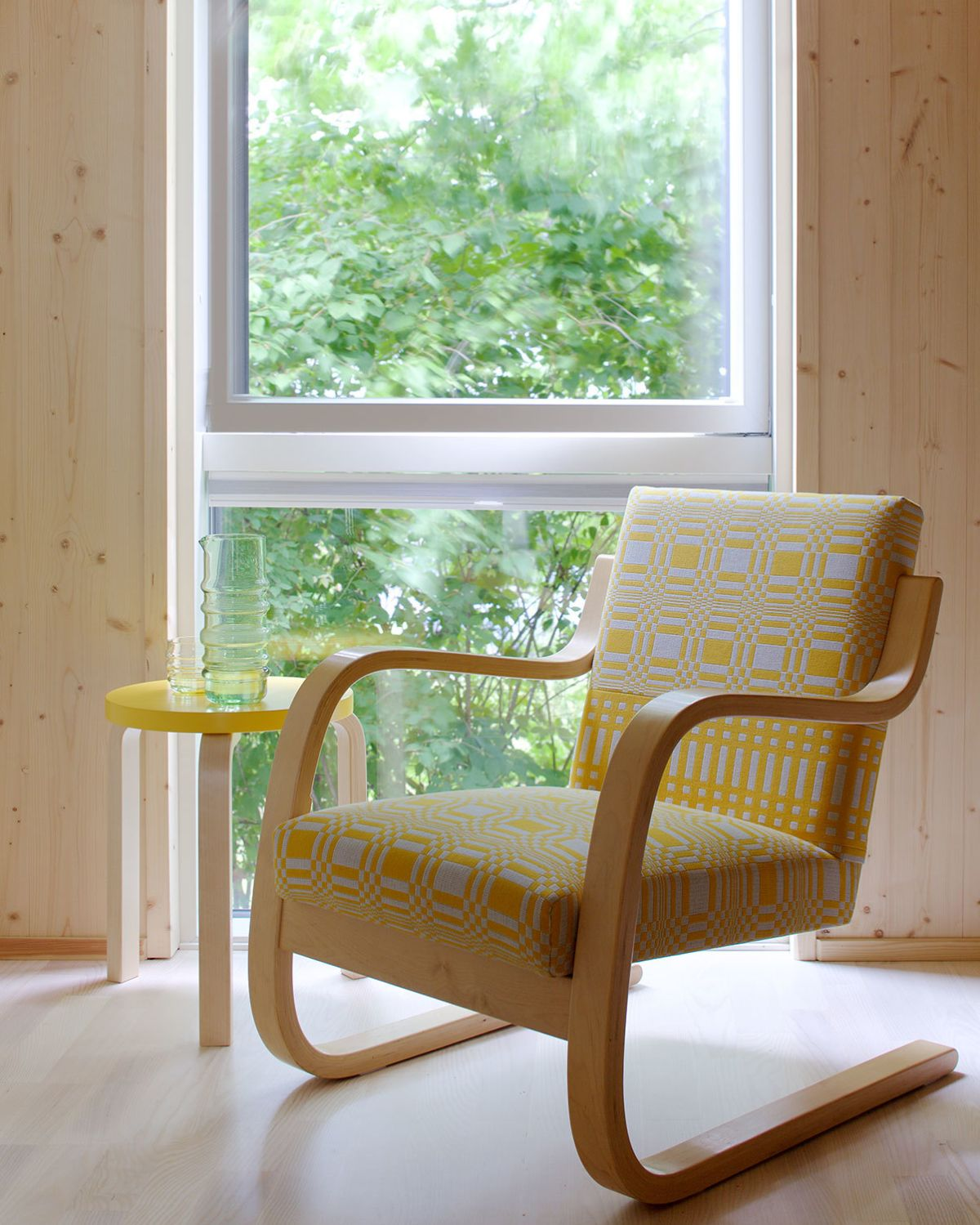 Johanna-Gullichsen-Doris-and-Nereus-Yellow-upholstery_web