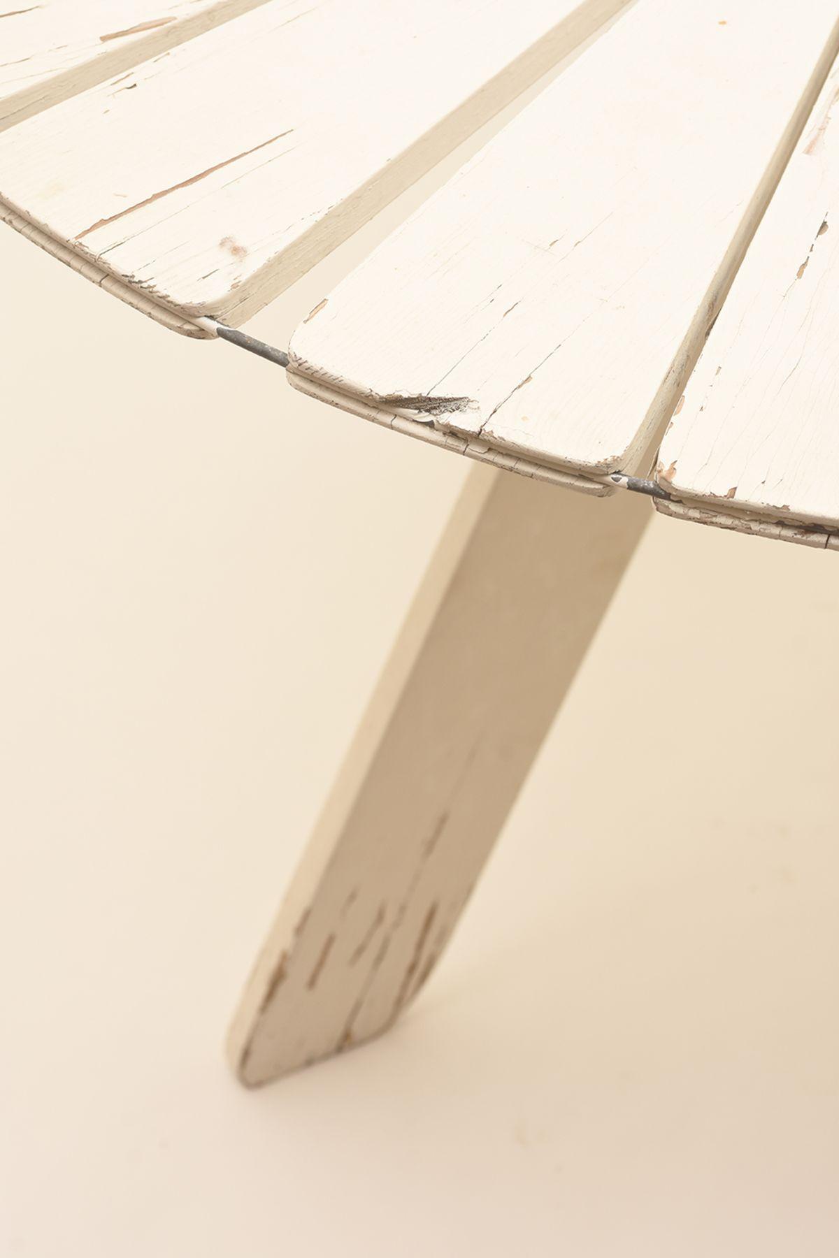 Alvar-Aalto_Sunflower-Garden-Table_Detail-01