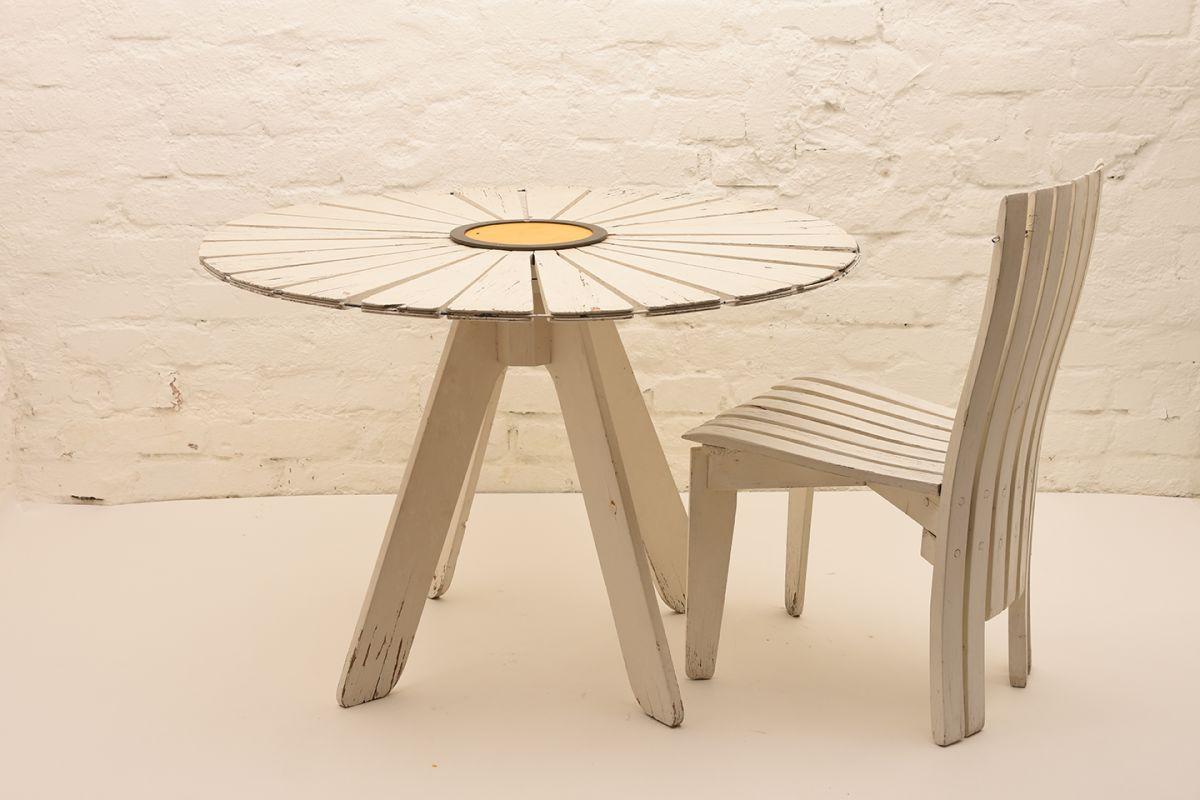Alvar-Aalto_Sunflower-Garden-Table-Chair