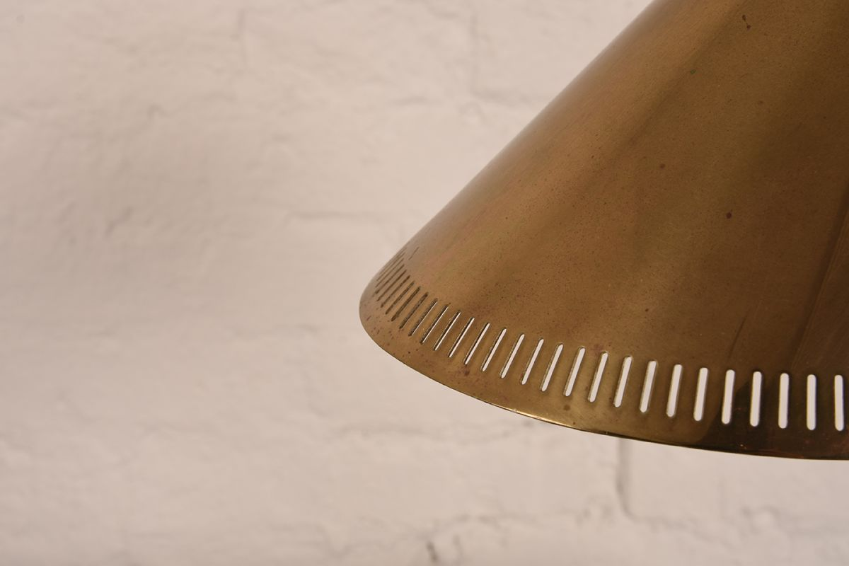 Paavo-Tynell_Brass-Table-Lamp_Detail-01