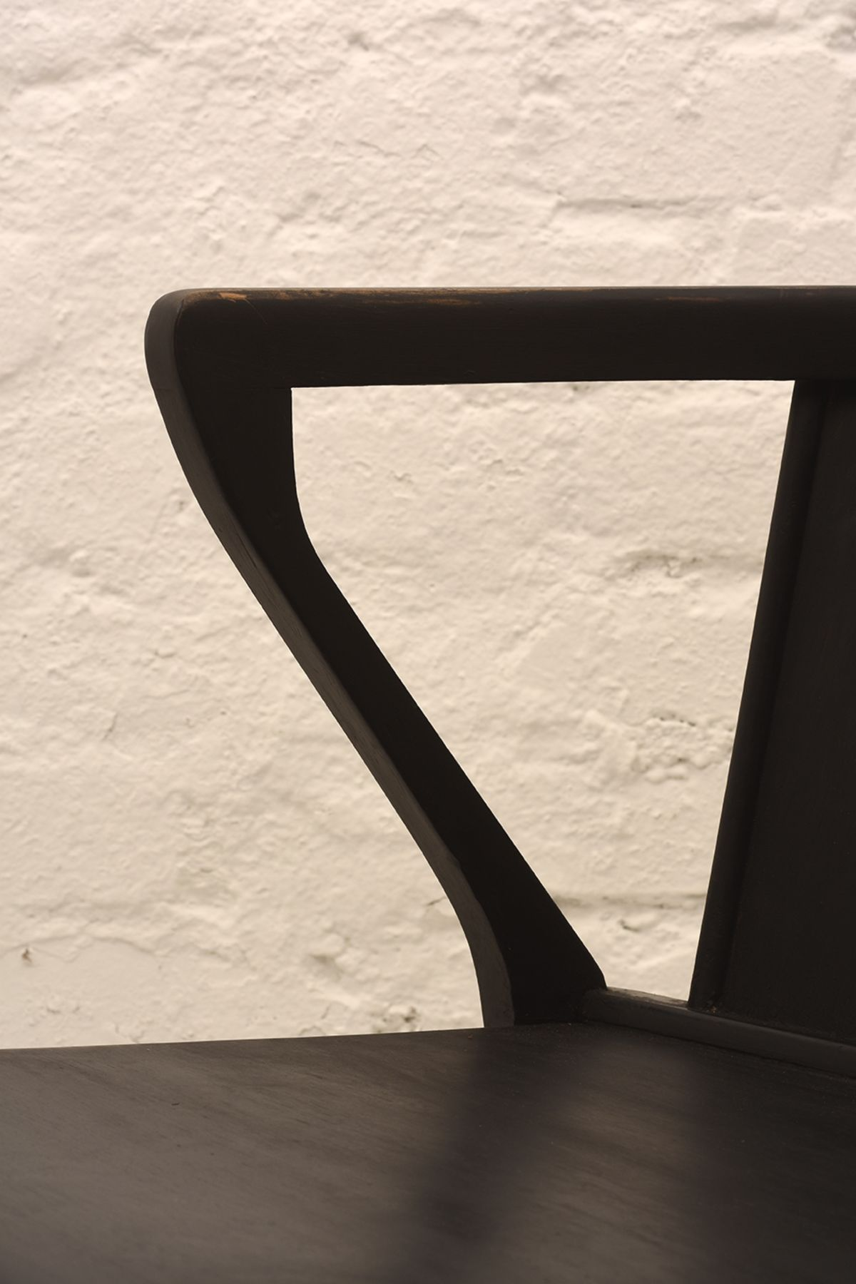 Alvar-Aalto_Armchair15_Detail-01