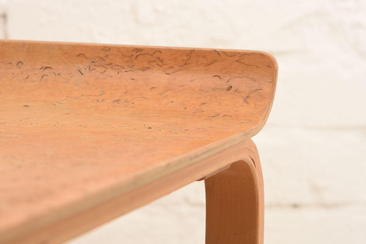 Alvar-Aalto_915-Sidetable_Detail-01