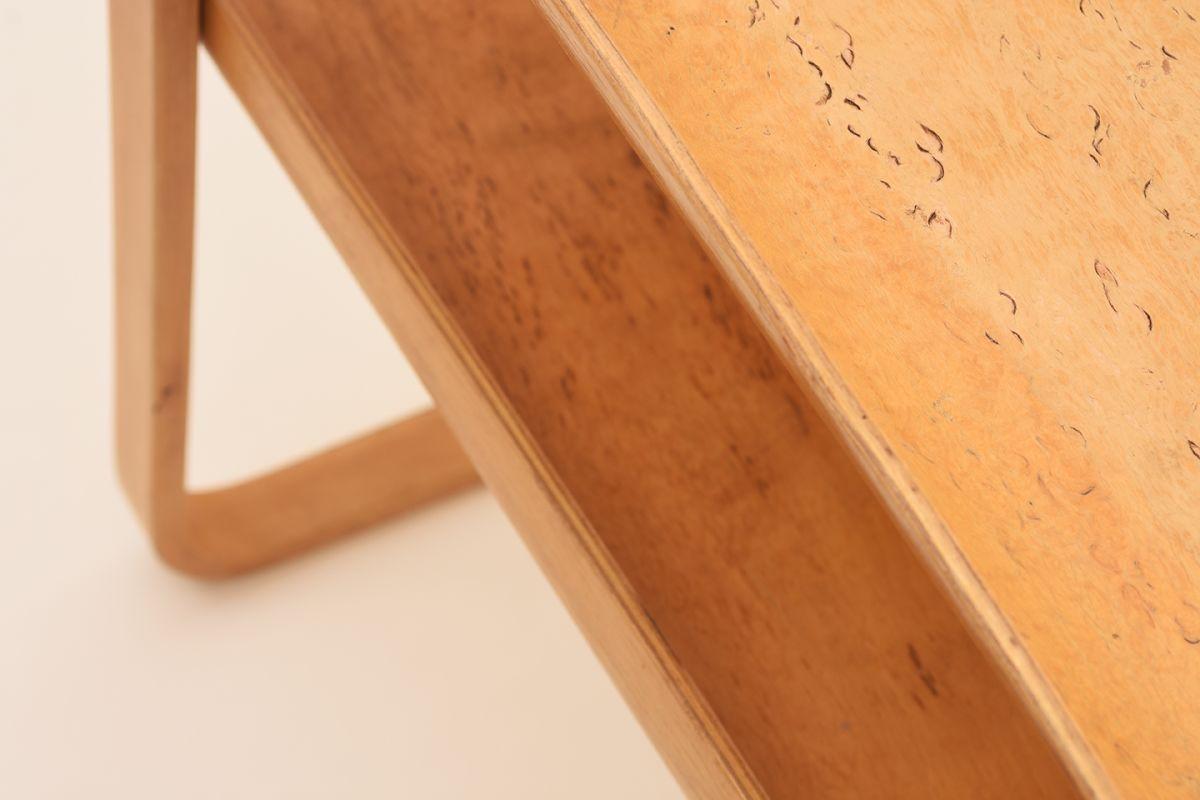 Alvar-Aalto_915-Sidetable_Detail-02