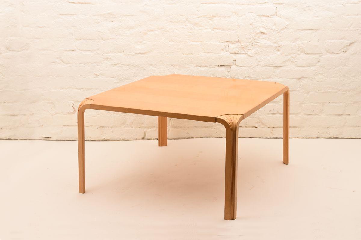 Alvar-Aalto_Low-Table