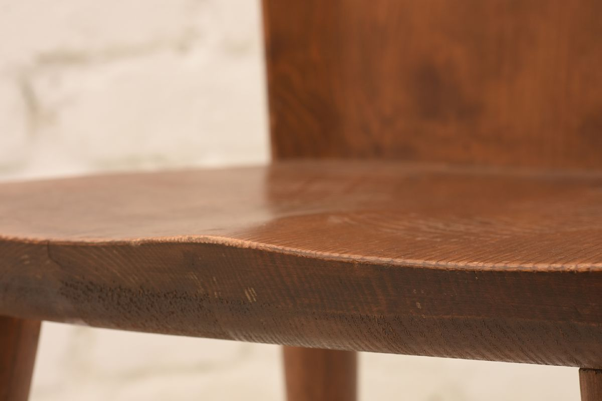 Pine-Chairs_Detail-01