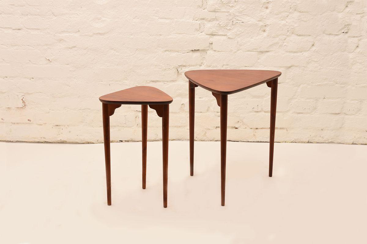 Three-Legged-Nesting-Tables-By-Pori-Ekvall-01