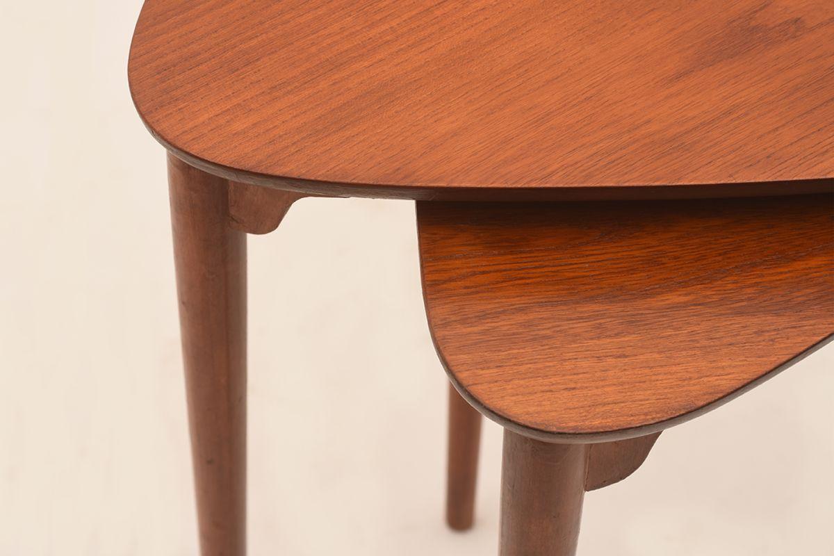 Three-Legged-Nesting-Tables-By-Pori-Ekvall_Detail-01