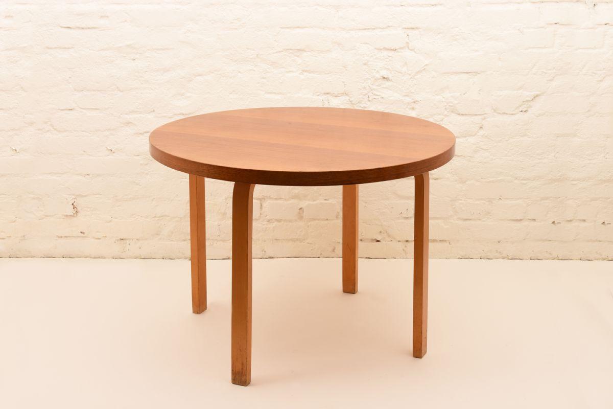 Alvar-Aalto_Table-90A