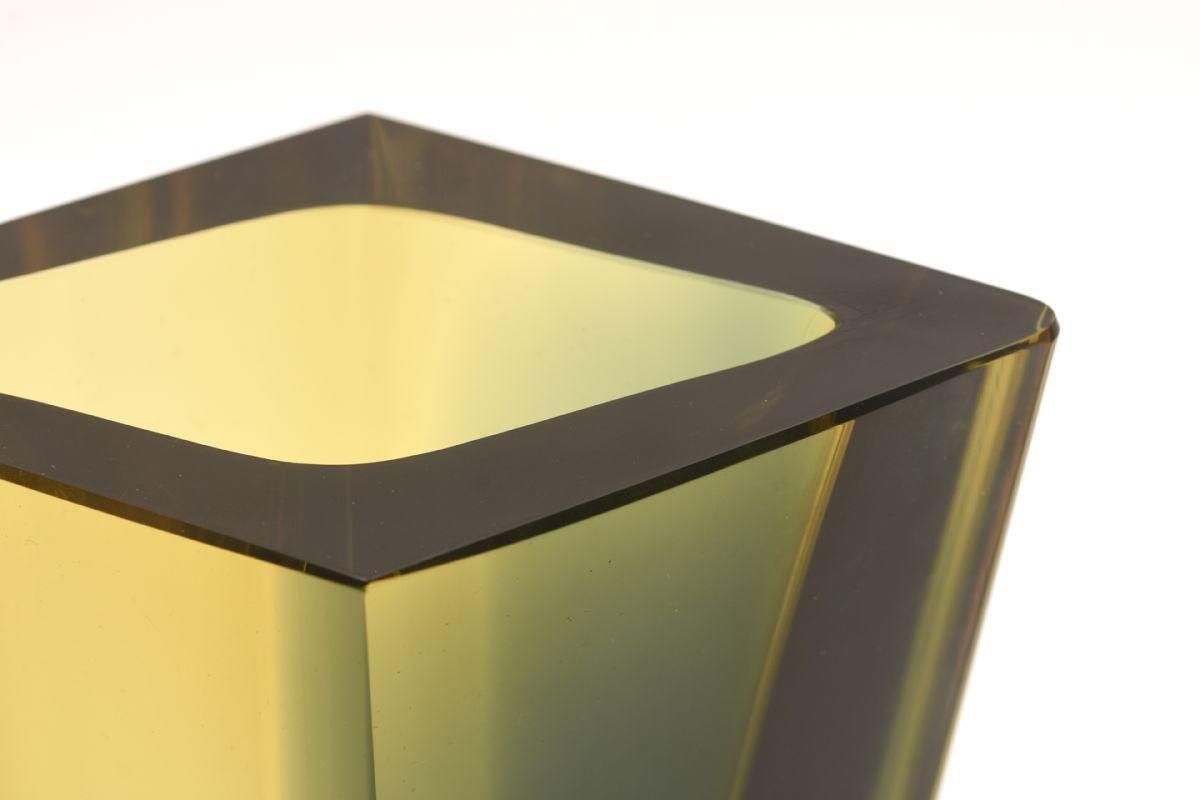 Kaj-Franck_Prisma-Vases-04