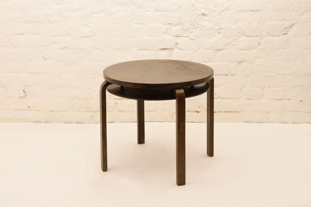 Alvar-Aalto_Club-Table-907B_Stained-Birch
