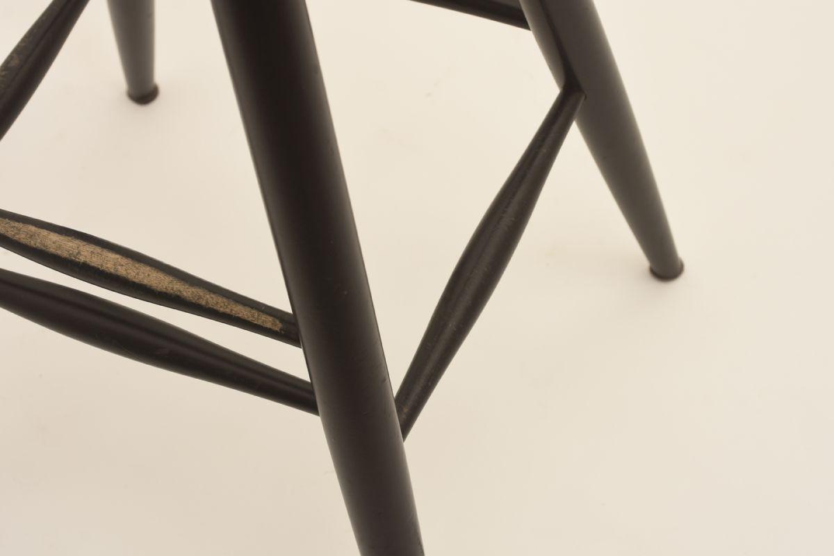 Ilmari Tapiovaara Pirkka ´ Bar Stool Detail 01