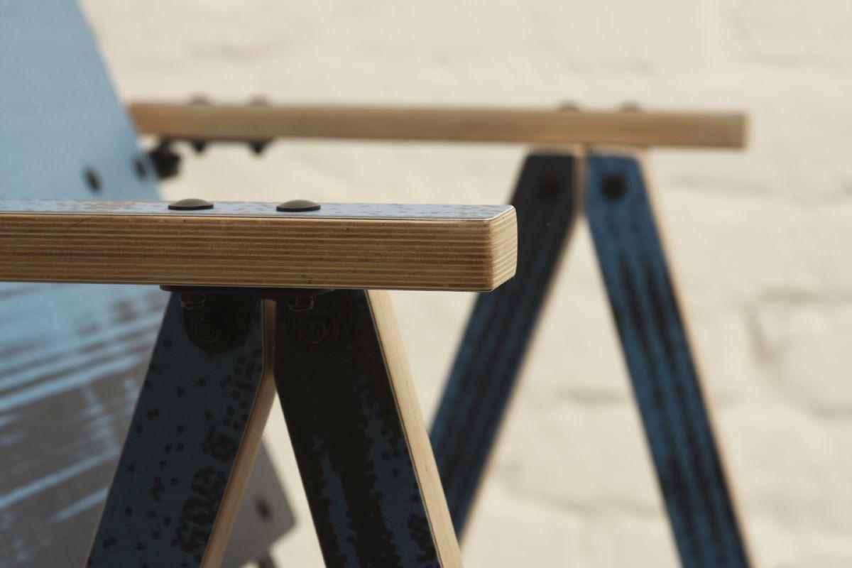 Kukkapuro Yrjo Tattoo Chair Blue Lake Detail2