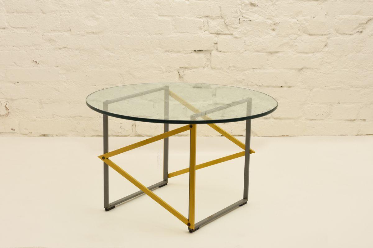 Kukkapuro Yrjö Round Glass Table