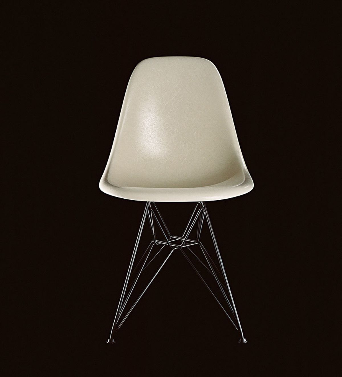 Eames-Fiberglass-Chair_Parchment_Mailer