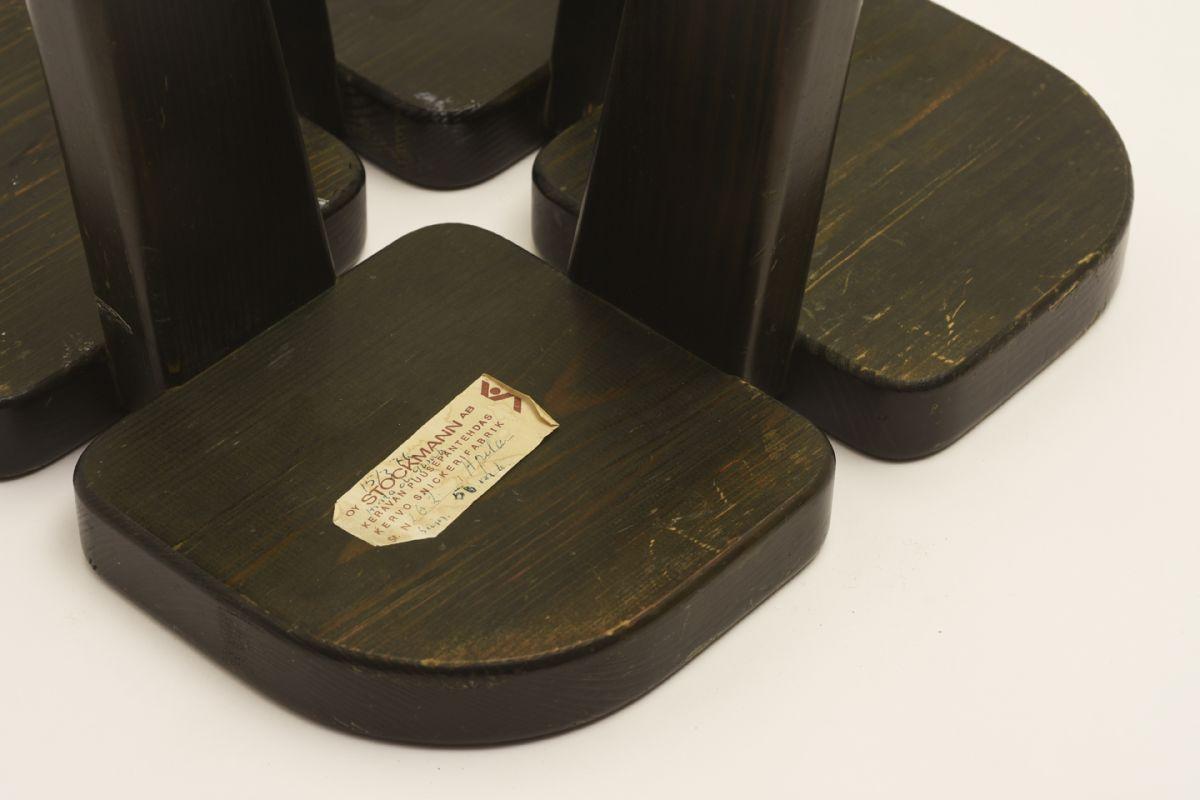 Peippo-Rauni_Apila-Stool-Black_Detail2