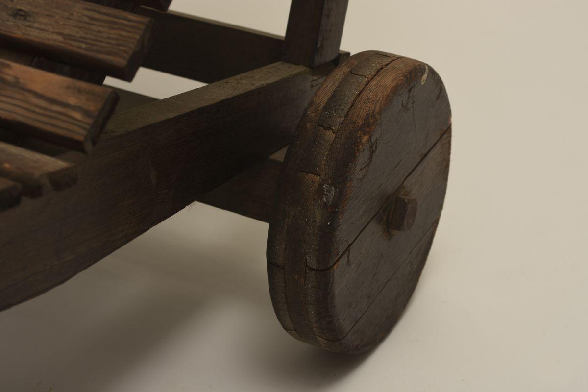 Aalto-Alvar_Garden-recliner-dark_detail1