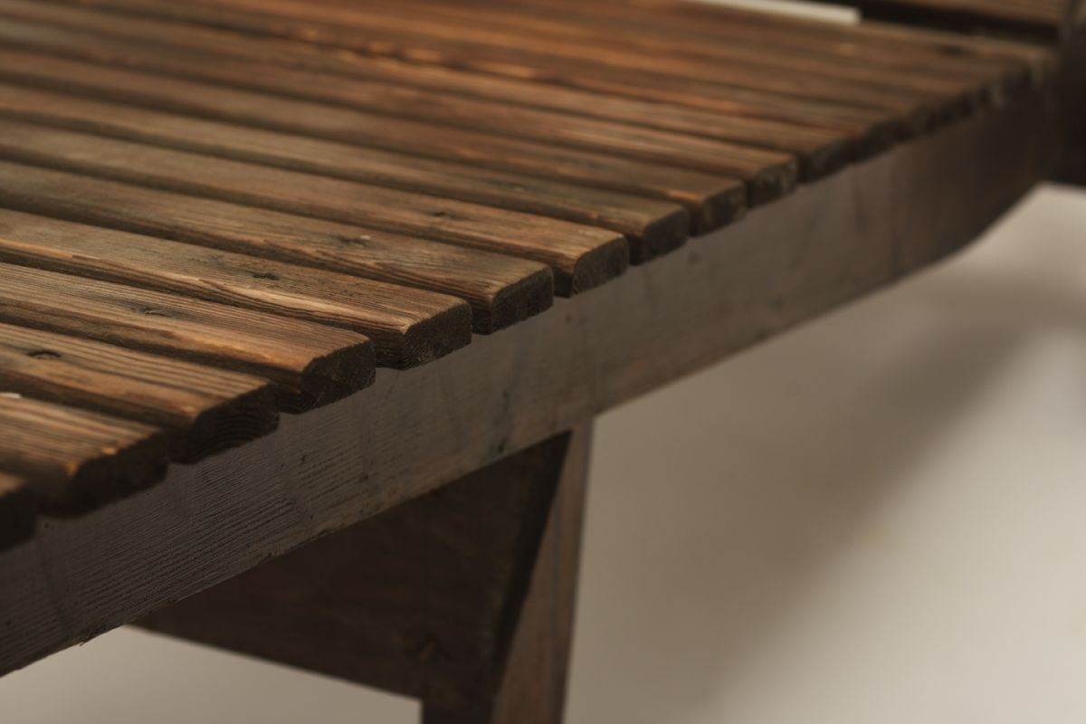 Aalto-Alvar_Garden-recliner-dark_detail2