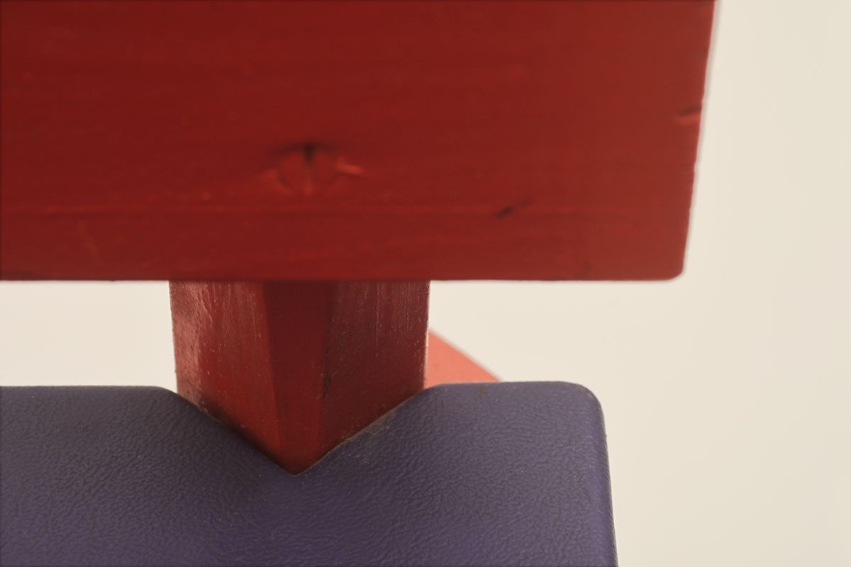 Anonymous_Red-Wooden-Folky-Chair_detail2