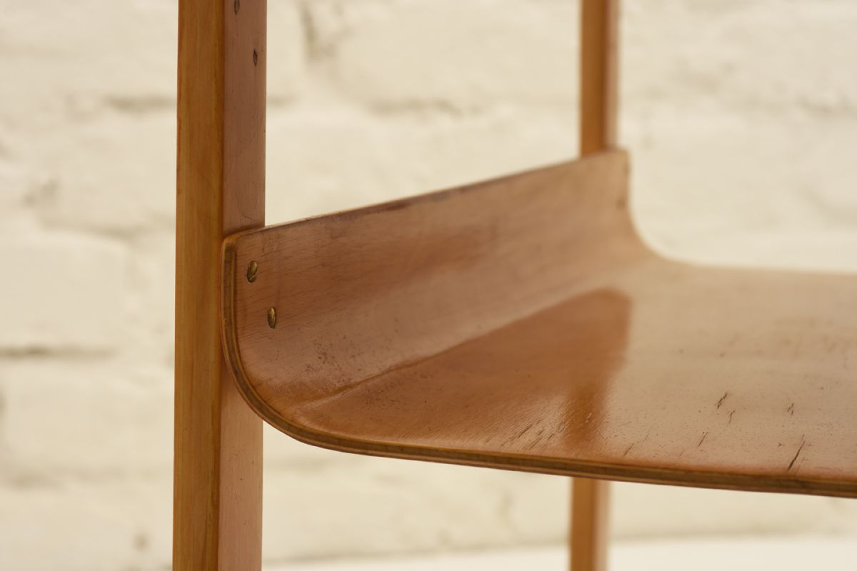 Aalto-Alvar_915-side-table_detail2