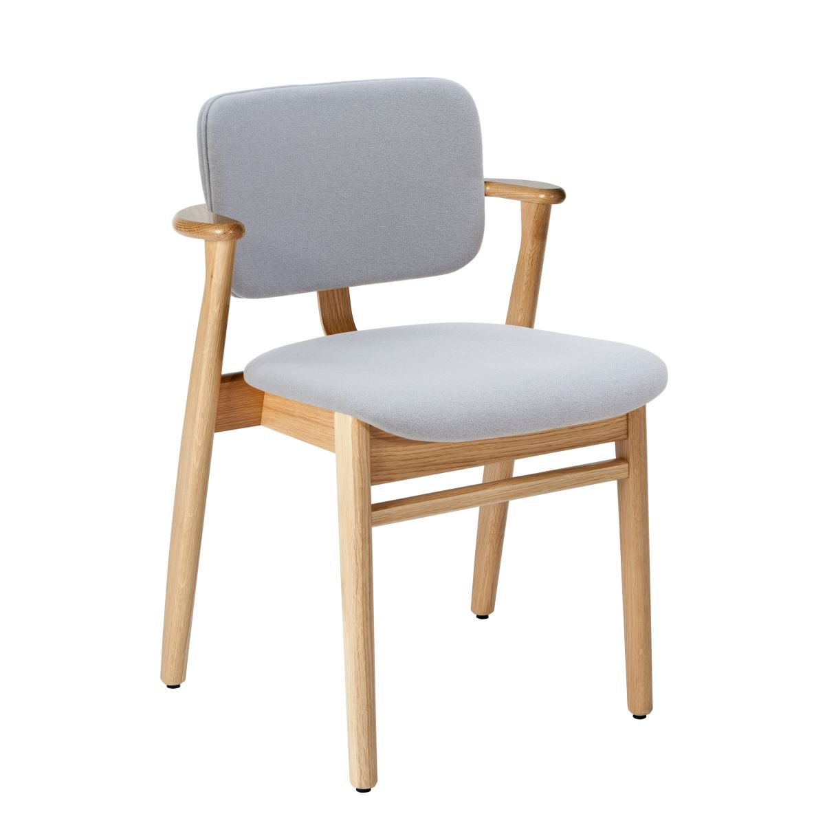 Domus-Chair-legs-clear-laquered-oak_seat-back-fabric-grey-2651005