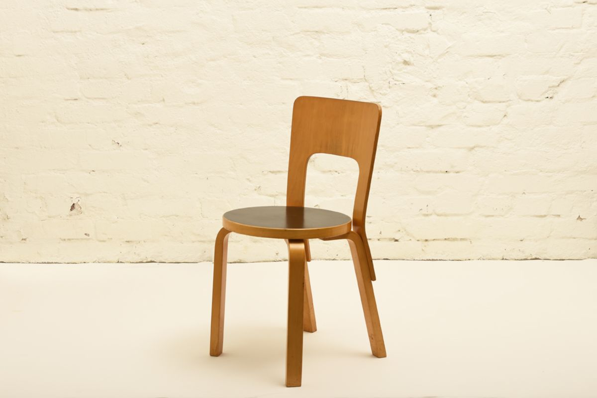 Aalto_Chair-66-black-linoleum