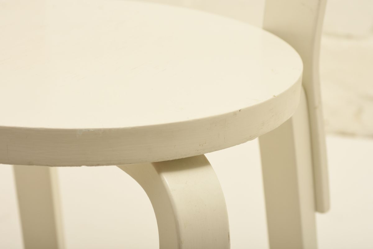 Aalto-Alvar_Chair-66-white-paint_detail1