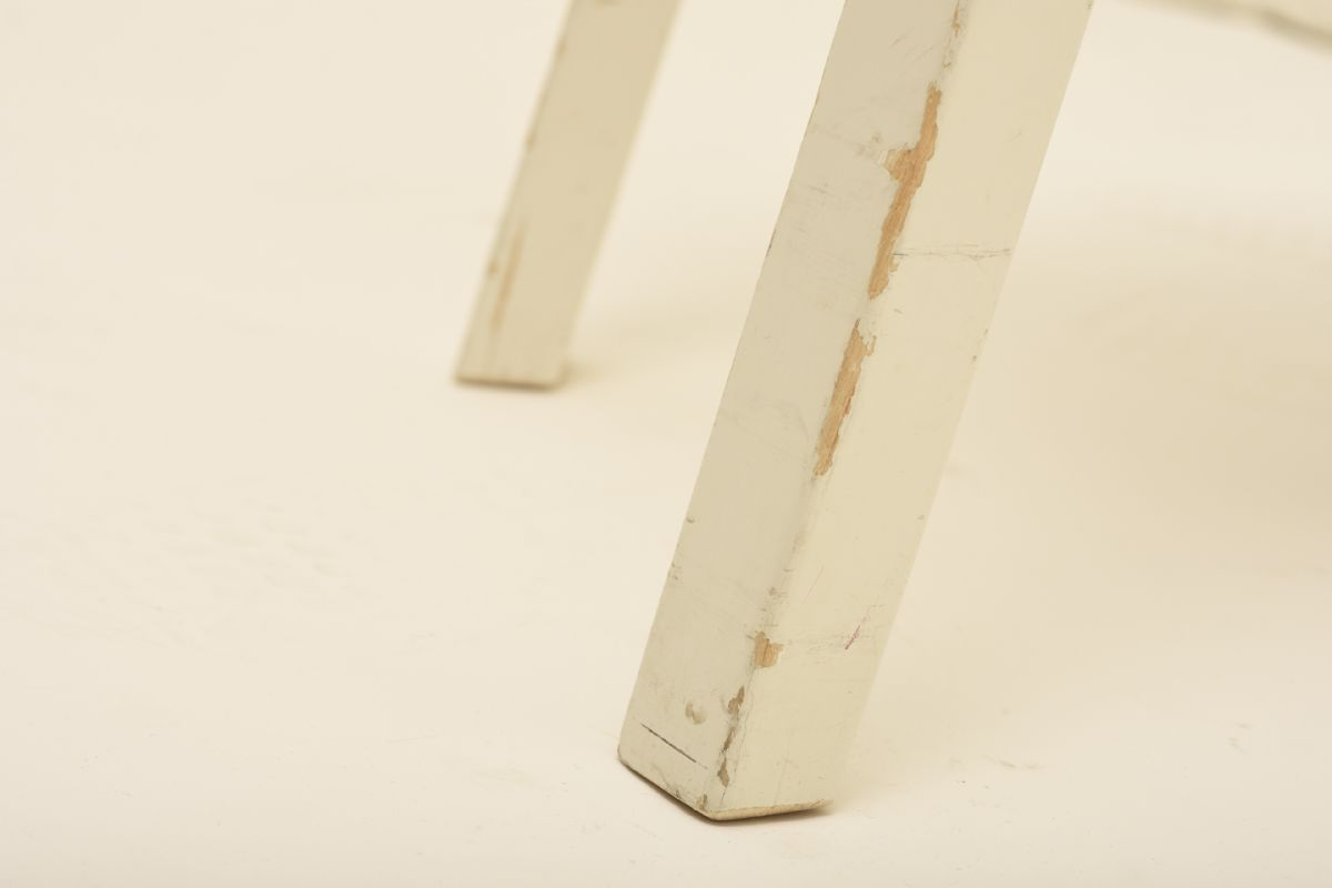 Aalto-Alvar_Chair-66-white-paint_detail2