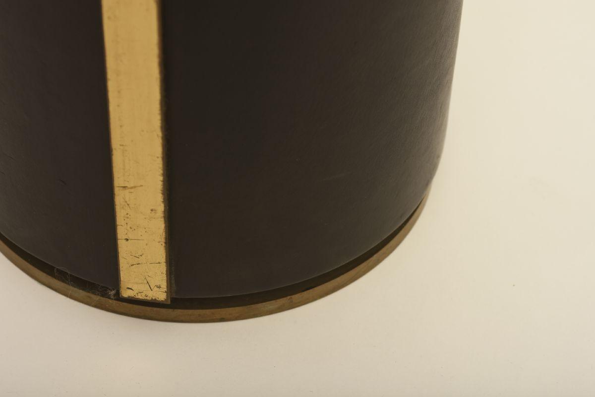 Aalto-Alvar_Ash-tray-big_detail2