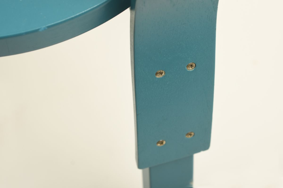 Aalto-Alvar_Chair-66-turquoise_detail2