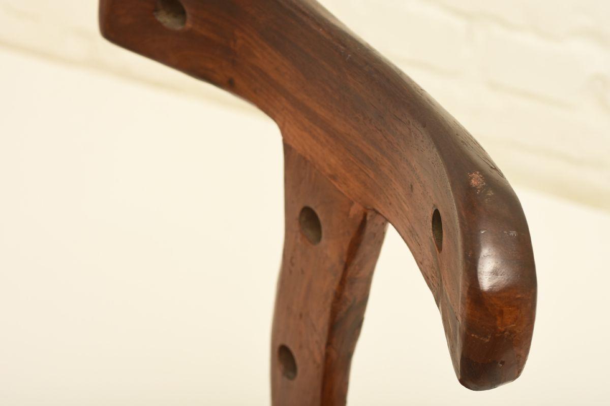Anonymous_sculptural-chair_detail2