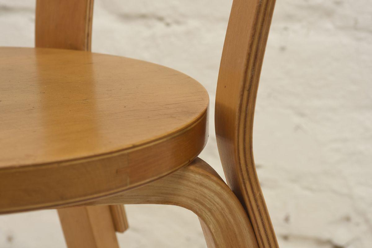 Aalto-Alvar-Chair66_detail1
