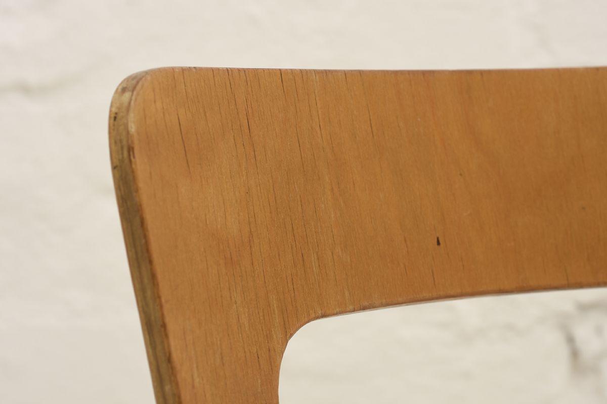 Aalto-Alvar-Chair66_detail3