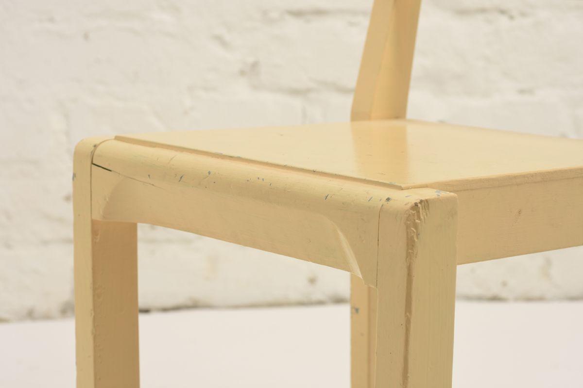 Kids-Chair-Wood-Yellow_detail2