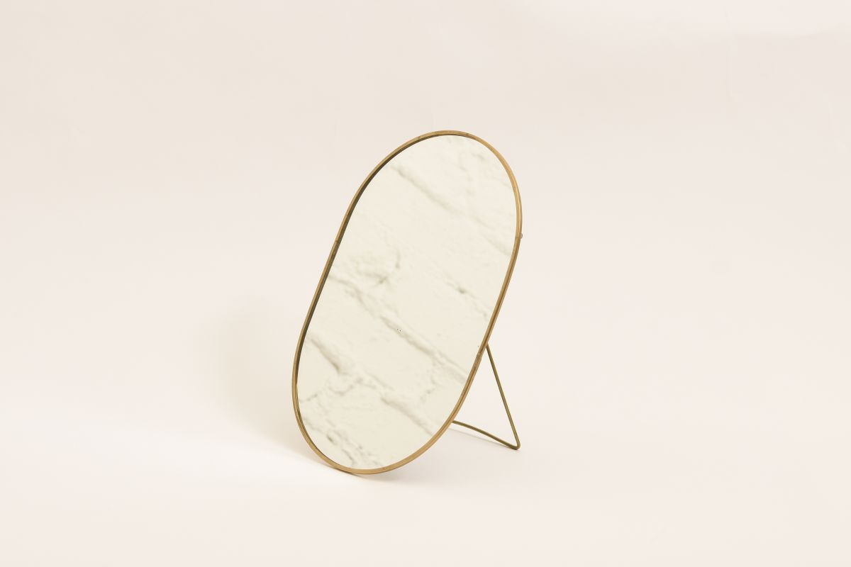 Anonymous-Oval-Mirror_high_res