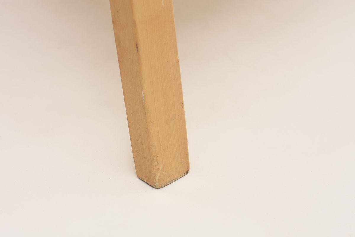 Aalto-Alvar-Armchair-glay_detail5
