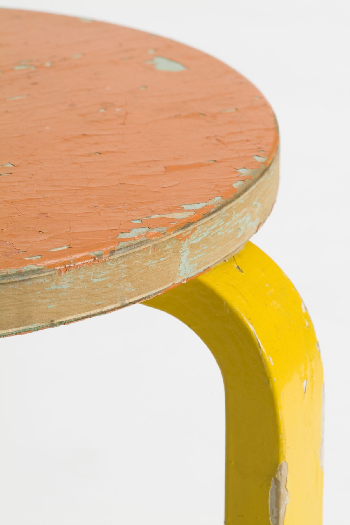 Stool 60 - 2nd Cycle close orange yellow