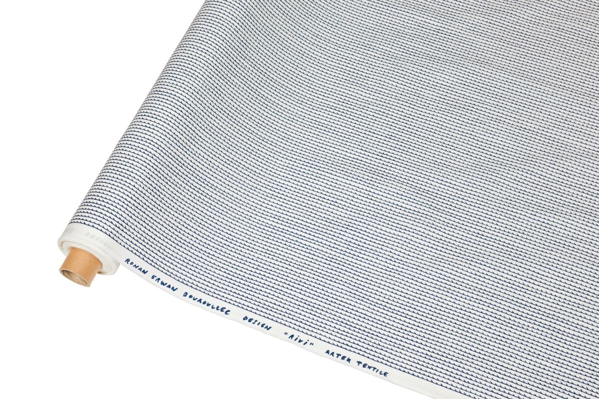 Rivi Fabric roll white blue