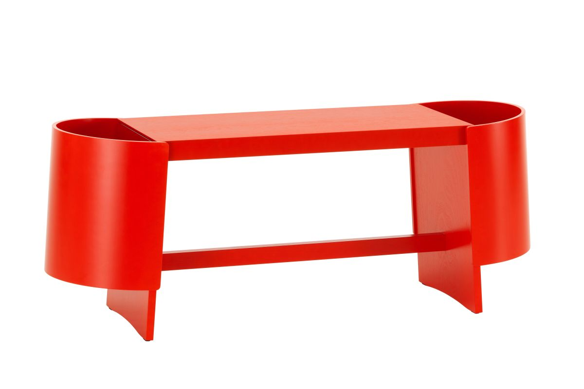 Kiulu Bench A, red lacquered_F