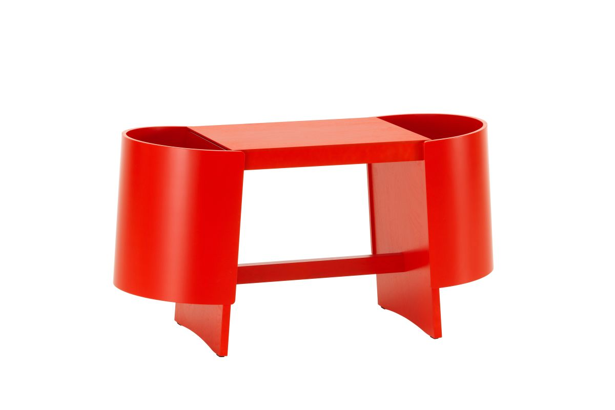 Kiulu Bench B, red lacquered_F
