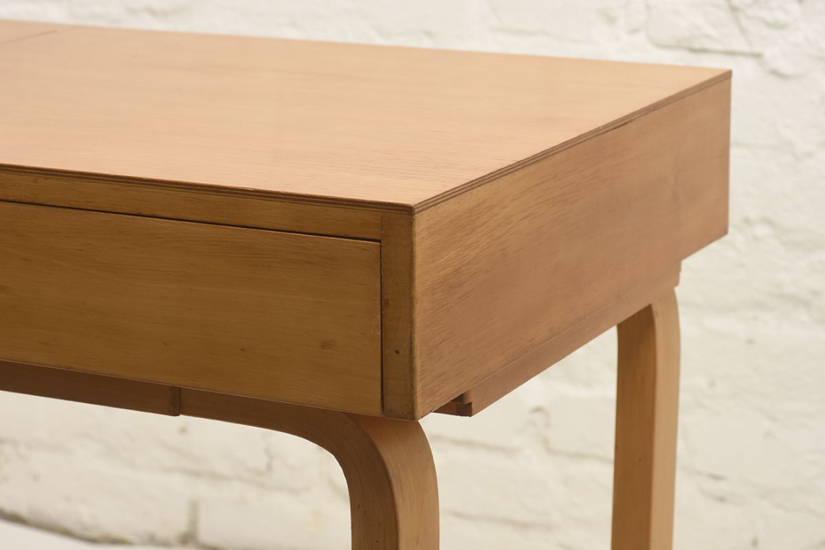 Aalto-Alvar-Vanity-Desk_detail2