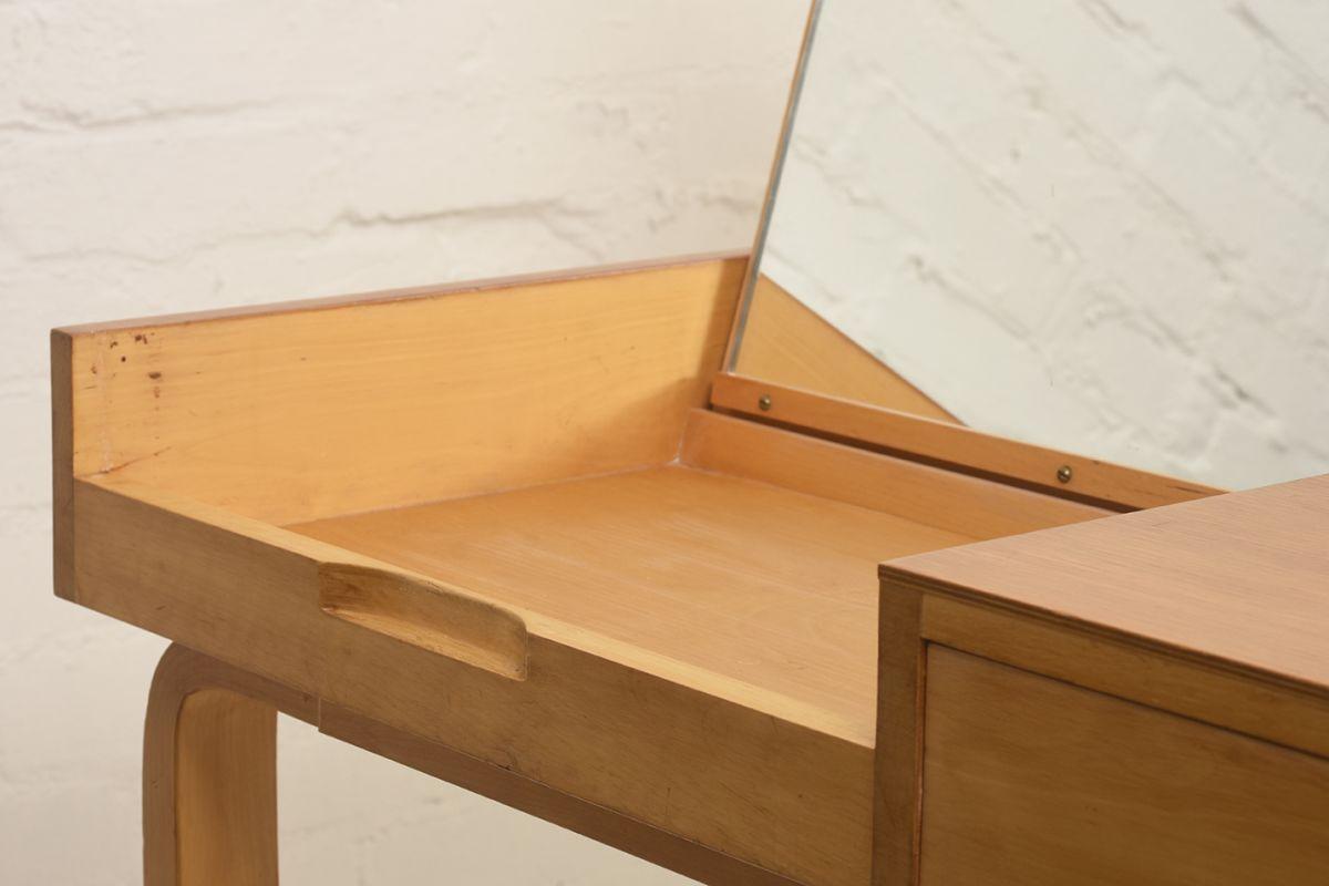 Aalto-Alvar-Vanity-Desk_detail3