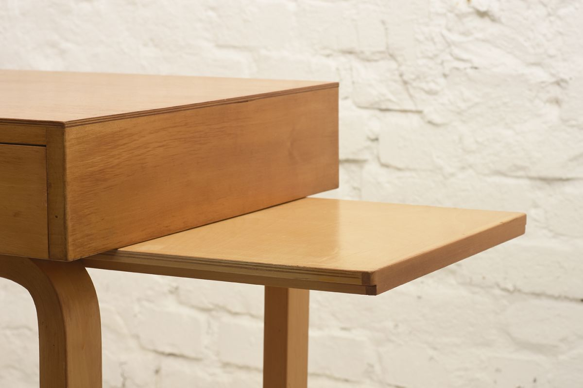 Aalto-Alvar-Vanity-Desk_detail4