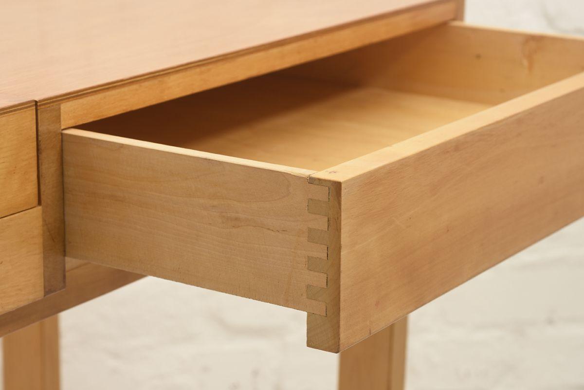 Aalto-Alvar-Vanity-Desk_detail5