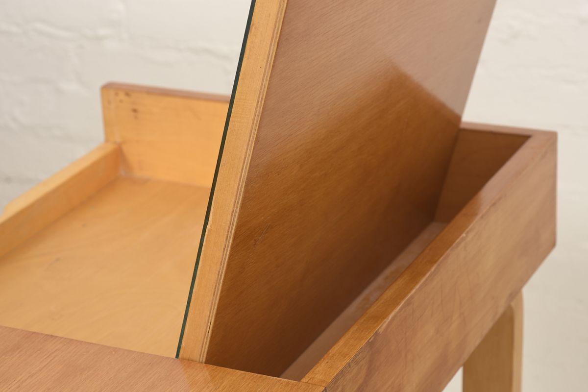 Aalto-Alvar-Vanity-Desk_detail6