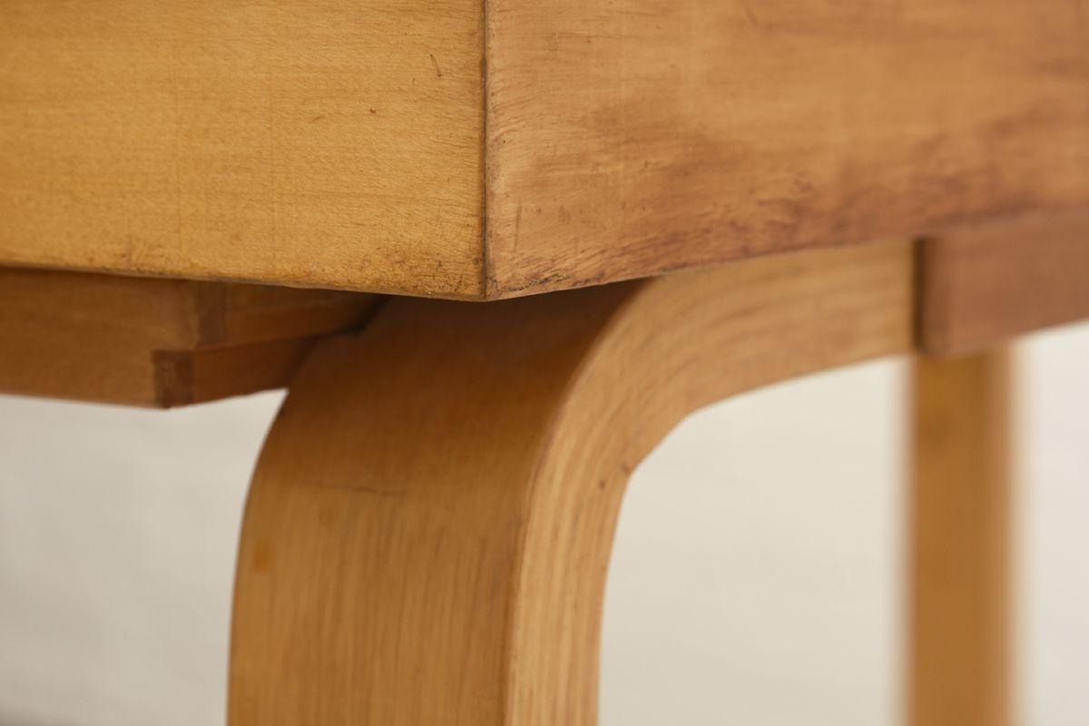 Aalto-Alvar-Vanity-Desk_detail8