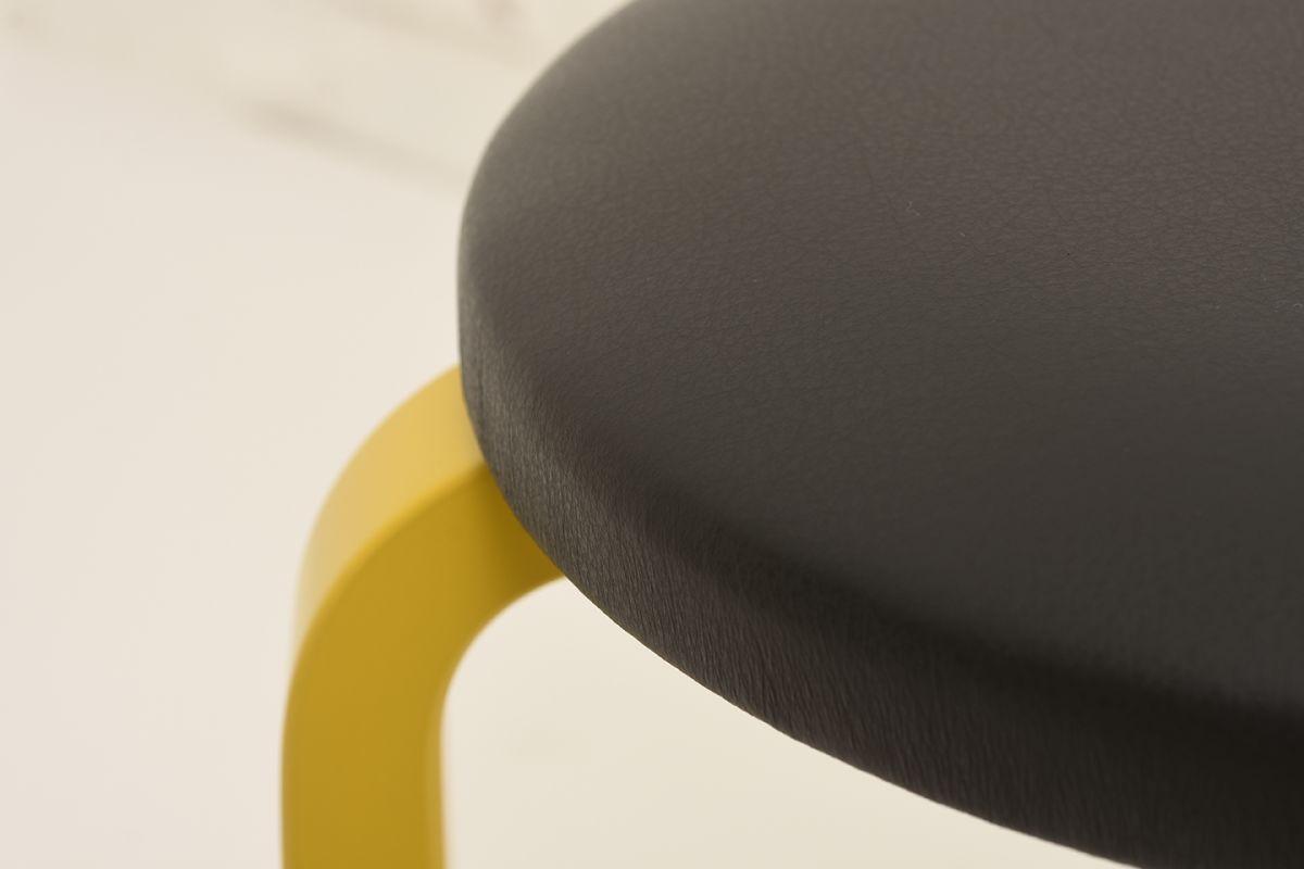 Aalto-Alvar-Stool60-Black-Leather_detail1