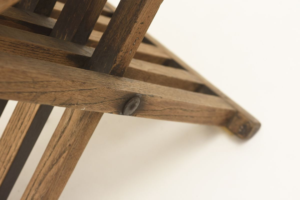 Anonymous-Wooden-Foldable-Stool_detail5